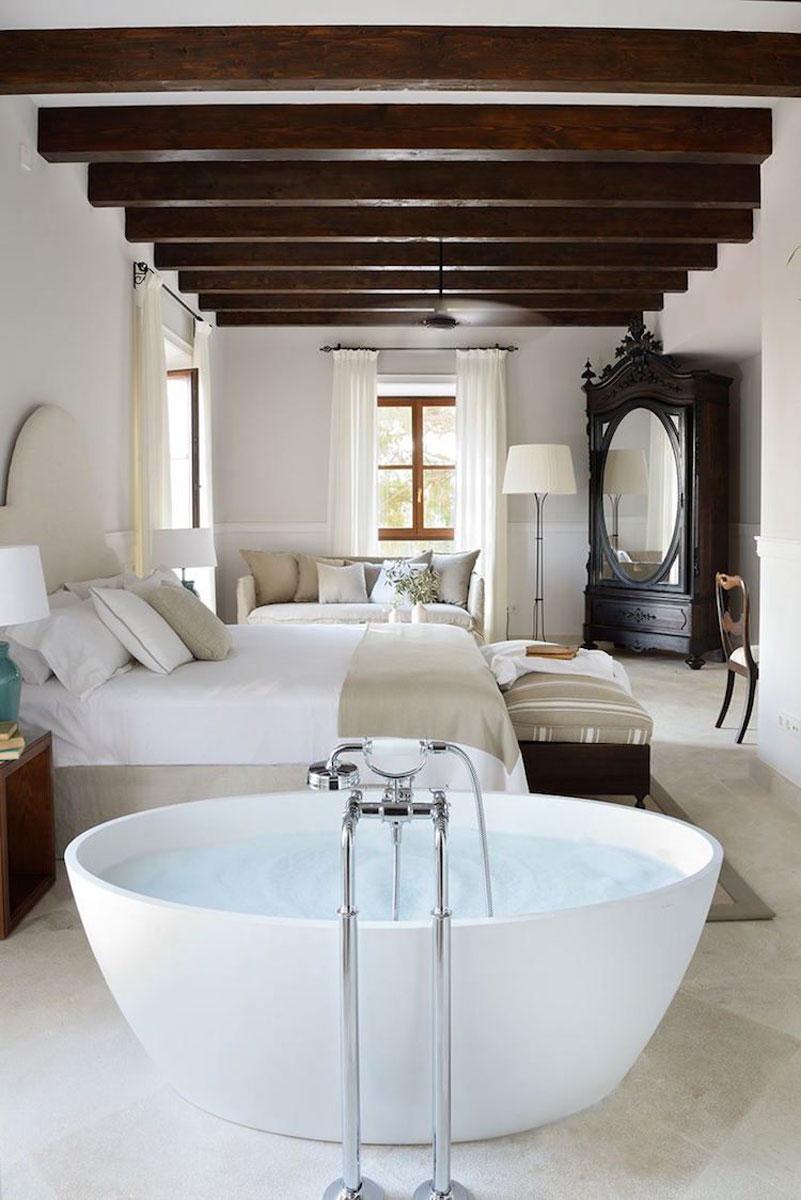 Une salle de bain ouverte sur la chambre pour ou contre for Salle de bain dans une chambre