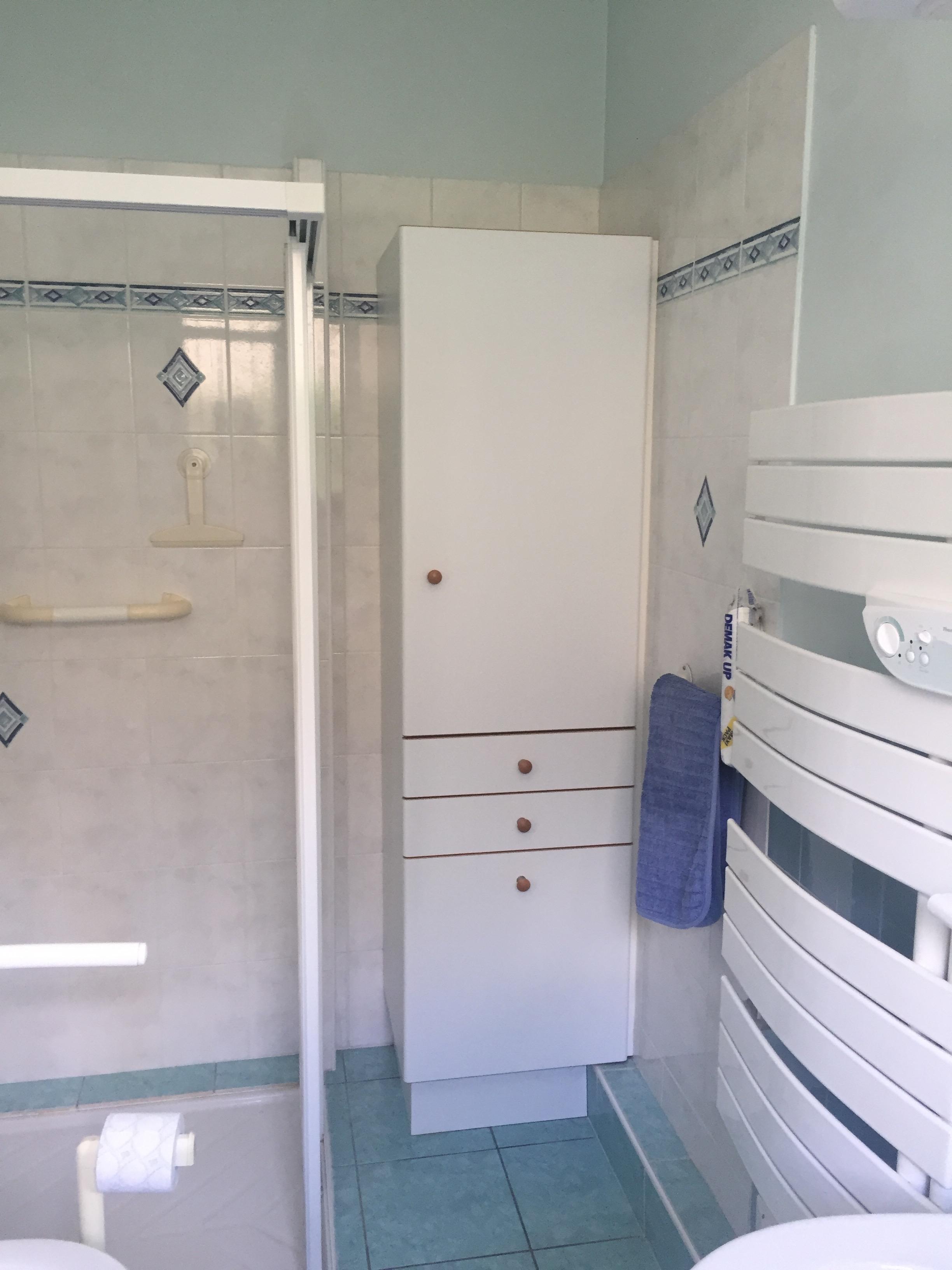 stunning salle de bain marocaine moderne contemporary. Black Bedroom Furniture Sets. Home Design Ideas
