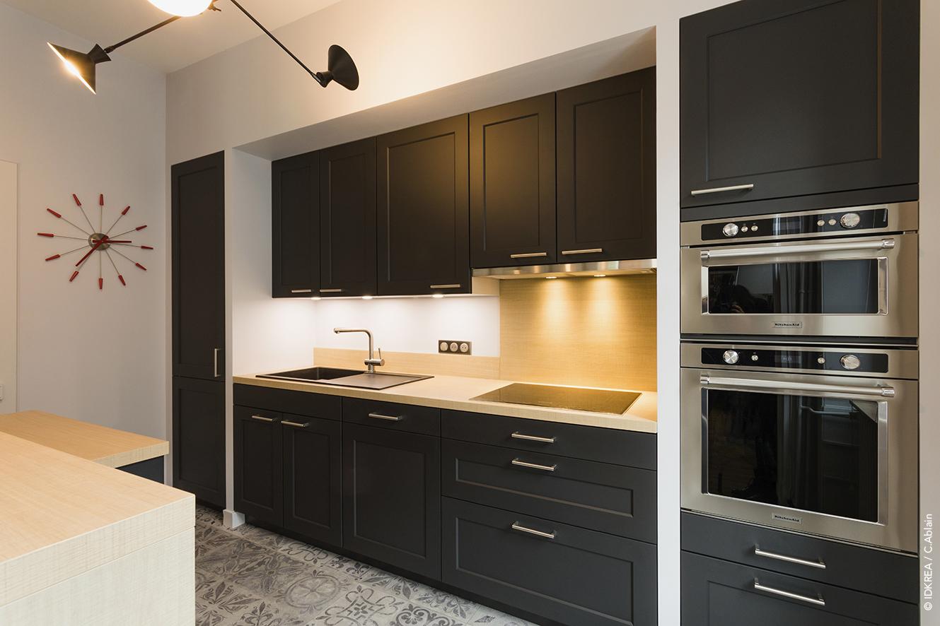cuisine noire et bois projet de r novation rennes idkrea rennes. Black Bedroom Furniture Sets. Home Design Ideas
