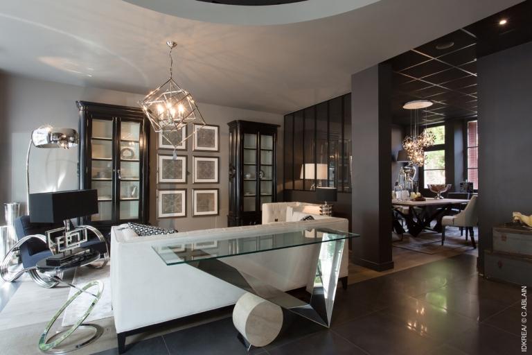 le showroom d architecte d corateur idkrea rennes s habille d un style clectique chic et. Black Bedroom Furniture Sets. Home Design Ideas