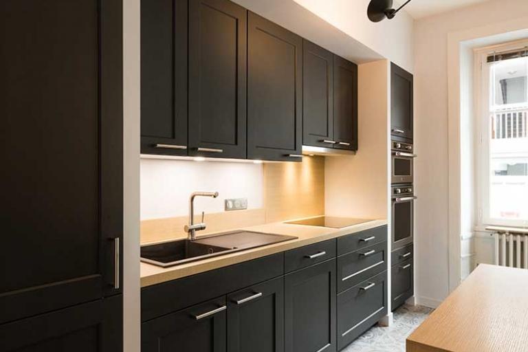 Cuisine noire bois maison cuisine noire bois cuisine - Cuisine noire bois ...