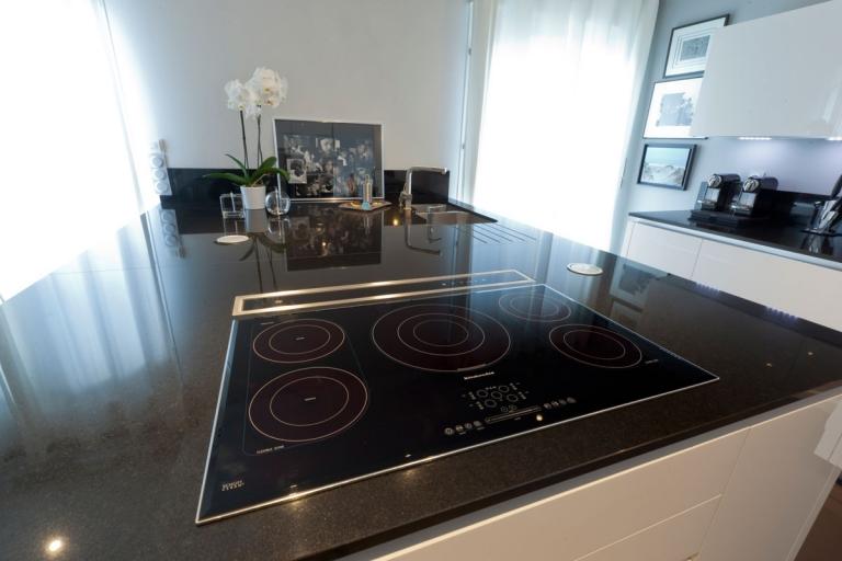 cuisine haut de gamme siematic idkrea rennes. Black Bedroom Furniture Sets. Home Design Ideas
