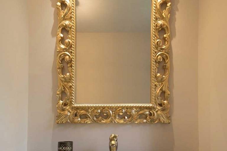 Miroir doré_salle de bain haut de gamme_IDKREA, Rennes