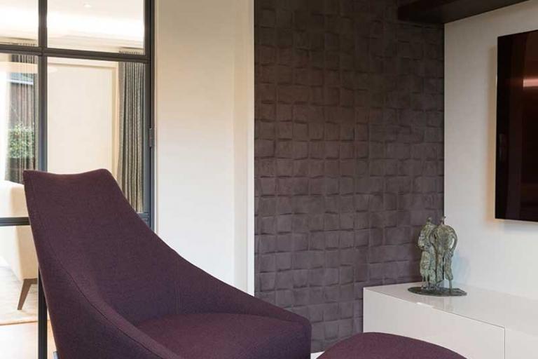 l am nagement du coin t l contemporain sur mesure idkrea rennes. Black Bedroom Furniture Sets. Home Design Ideas